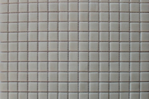 Мозаика стеклянная эконом (на сетке) 20x20 (305х305х4) MC001