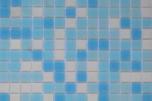 Мозаика стеклянная эконом (на сетке) 20x20 (305х305х4) KG301