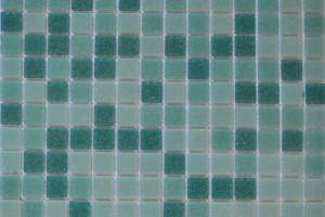 Мозаика стеклянная эконом (на сетке) 20x20 (305х305х4) KG311