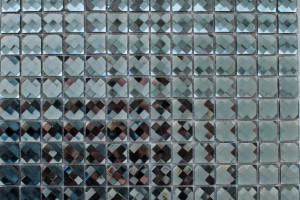 Мозаика стеклянная из страз (на сетке) 20*20 (304*304*4) F2X11