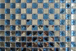 Мозаика стеклянная из страз (на сетке) 20*20 (304*304*4) F2x2