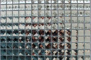 Мозаика стеклянная из страз (на сетке) 20*20 (304*304*4) F2X1
